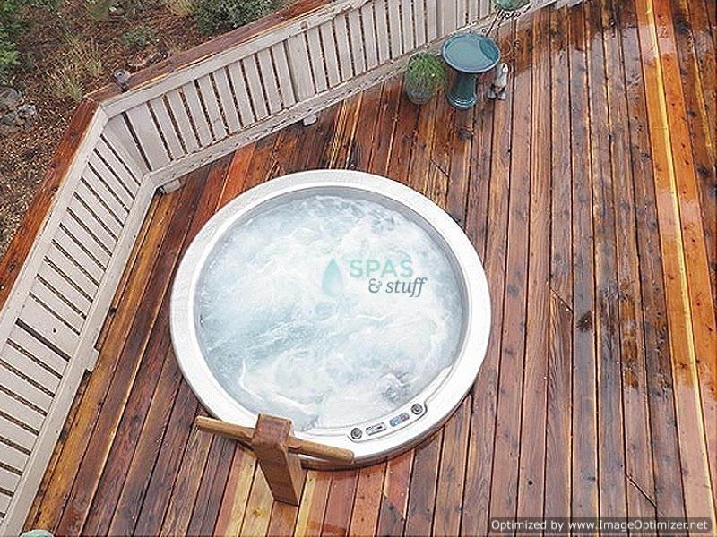 Spasandstuff.com | Saltwater hot tub reviews